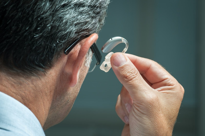 4 Reasons to Upgrade Your Hearing Aids
